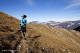 Trail Running im Gelände jedoch auf Wegen