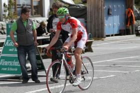 Gerrit Glomser beim Rennrad fahren in Kärnten