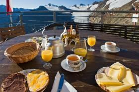 Frühstück mit Blick auf den Gletscher