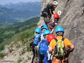 Gruppe am Klettersteig
