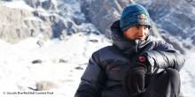 Daviv Lama klettert