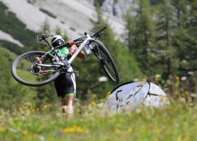 Die Tragepassage beim Mountain Triathlon