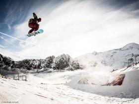 Hoch hinaus ging's im Snowpark beim Kaunertal Opening 2012
