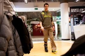Skischuhe anpassen mit Matthias Lanzinger