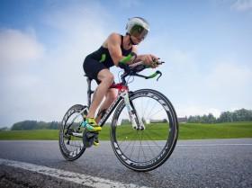 Rennrad Zeitfahren Helm