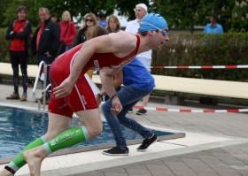 Triathlon Braunau Schwimmausstieg