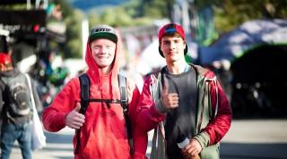 Junioren-Downhill-Champ Noel (links) setzte auf den richtigen Rider.