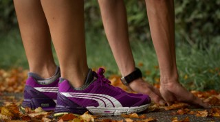 Der Laufschuh wurde von Grund auf für Damen hergestellt.