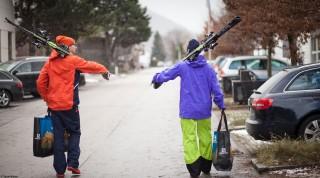 Gleich nach der Übergabe verabschiedeten sich die beiden ins Skigebiet.