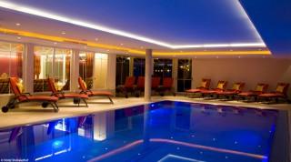 Die Hotelanlagen bei den Splitboardcamps geizen nicht mit Reizen.