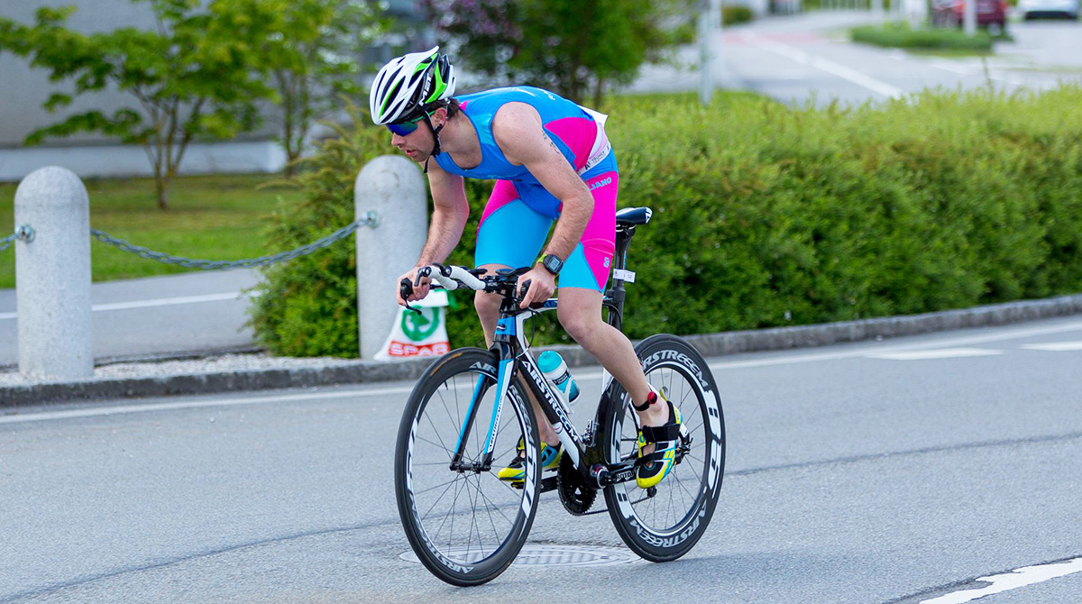 Top motiviert Startete Emanuel in Braunau in die Triathlon Saison.