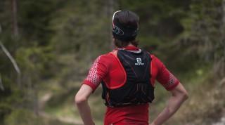 Die Taschen sind auch beim Laufen gut greifbar.