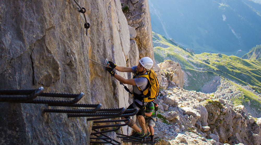 Klettersteigset Teile : Klettersteigset anlegen richtig