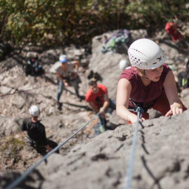 Sichern üben beim Klettercamp Saalfelden