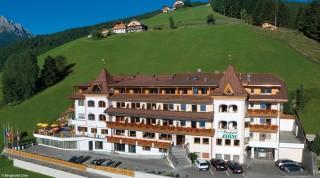 Hotel für Wanderer Zirm