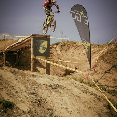 Sprung-MTB-Race-Evo-Gravel-Battle