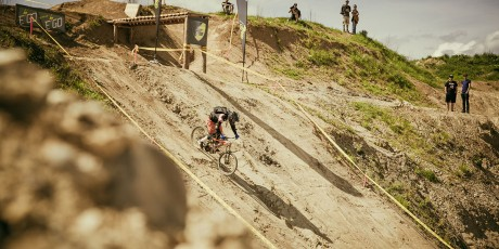 downhill-evo-gravel-battle
