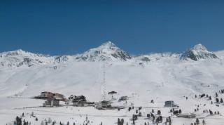 Perfekte Kombination aus Skifahren und Wellness.