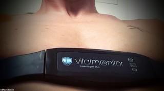 Vitalmonitor um die Brust