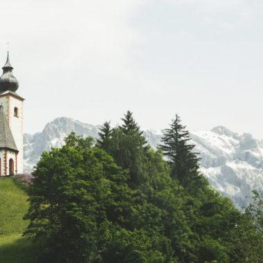 Kirche-in-Dienten-Bergmassiv
