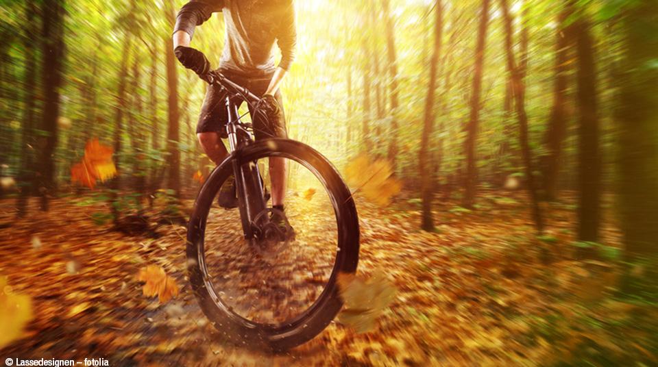 Mountainbiken-im-Herbst
