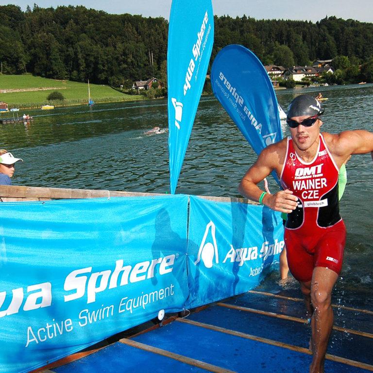 Ausstieg-Schwimmstrecke-Trumer-Triathlon