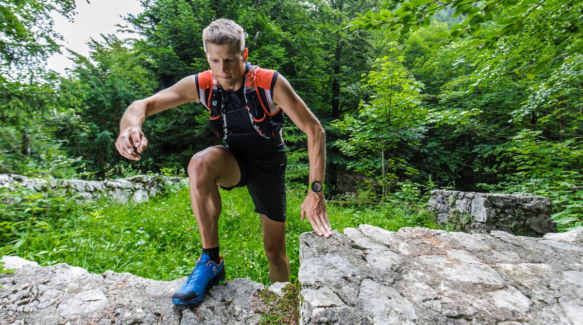 Überraschend positiv ist das Fazit zum Grip  Auf trockenen Oberflächen hält der  Schuh wunderbar und vermittelt ein sicheres Laufgefühl. 78c373305c