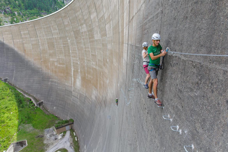 Zillertal Klettersteigset Leihen : Klettersteiggehen in mayrhofen