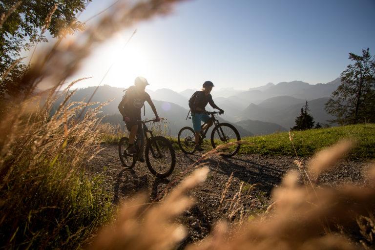 Abendstimmung auf einer Bike-Tour durch den Nationalpark Kalkalpen.