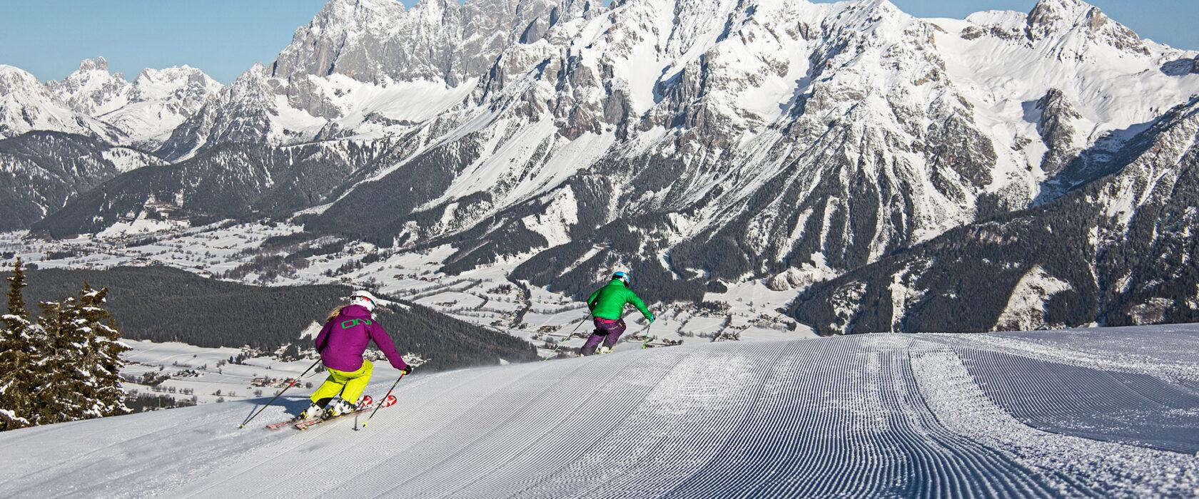 Skifahrer-Planai-Panorama