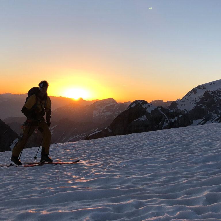 Sonnenuntergang-Skitour-Völkl