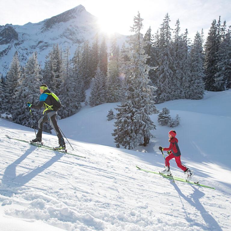 Skitourengehen-mit-Kindern